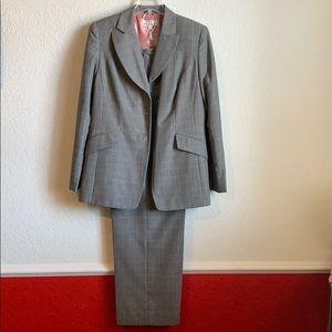 Dress Barn Pantsuit size 10 jacket and slacks